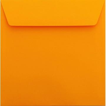 25 / Quadratisch/Briefumschläge / 18 x 18 cm / 180 x 180 mm Orange Verschluss: Kuverts mit Haftstreifen/Grammatur: 120 g/m²