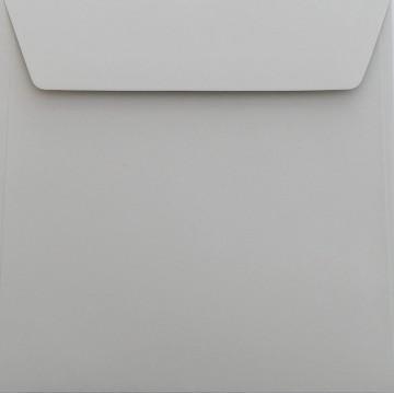 25 / Quadratisch/Briefumschläge / 18 x 18 cm / 180 x 180 mm Hell Grau Verschluss: Kuverts mit Haftstreifen/Grammatur: 120 g/m²