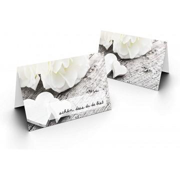Tischkarten/Zwei weiße Herzen/UV-Lack glänzend Format / 8,5 x 11,2 cm / 850 mm x 1120 mm